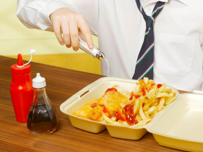 Pernahkah anda makan french fries di restoren makanan segera dengan menambah garam tambahan?