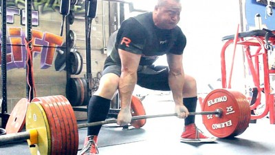 Cara Sumo Deadlift