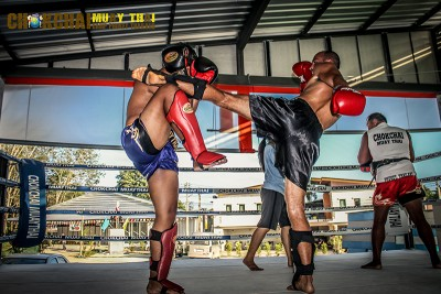Latihan Muay Thai