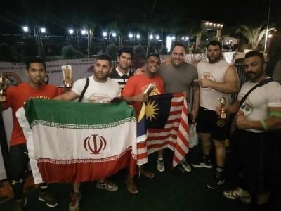 Bersama atlet daripada Iran