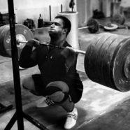 7 Manfaat Squat Yang Anda Perlu Tahu